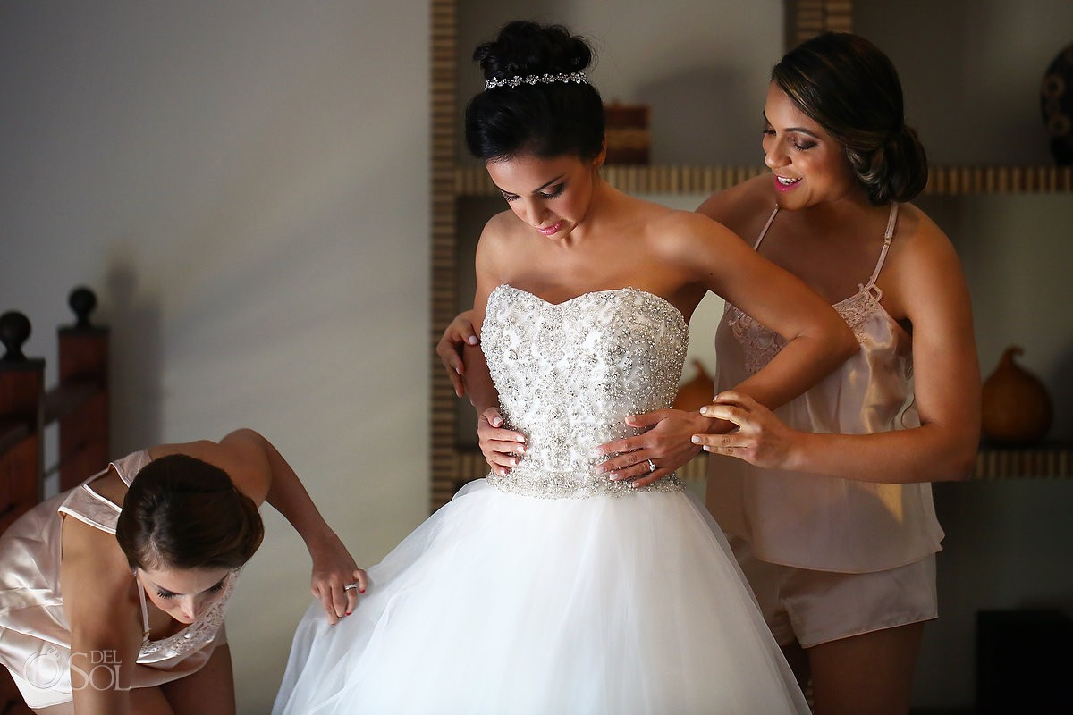 Met art lilly a bride
