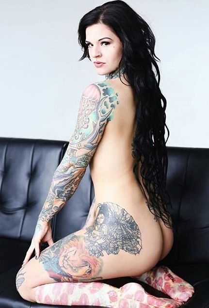 Sexy tattooed tattoo girls