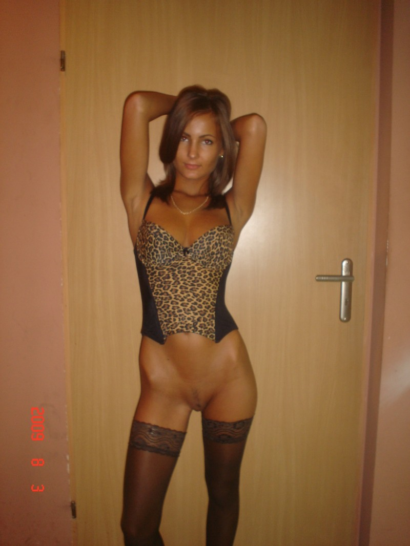 Amateur brunette fucking in clothes in the toilet 4