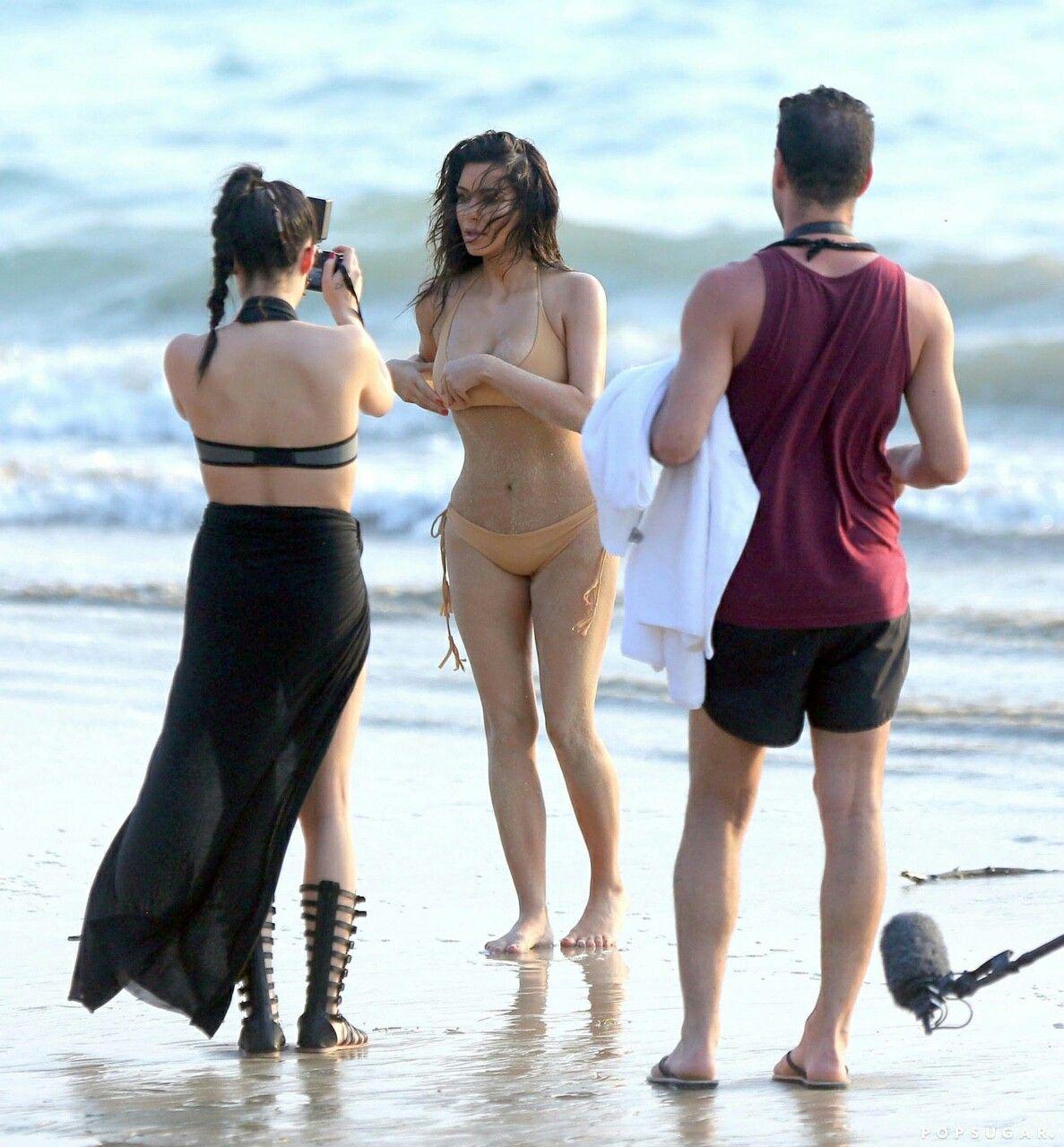 Kim kardashian thong thailand
