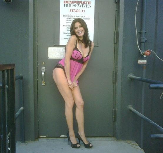 Actress teri hatcher nude