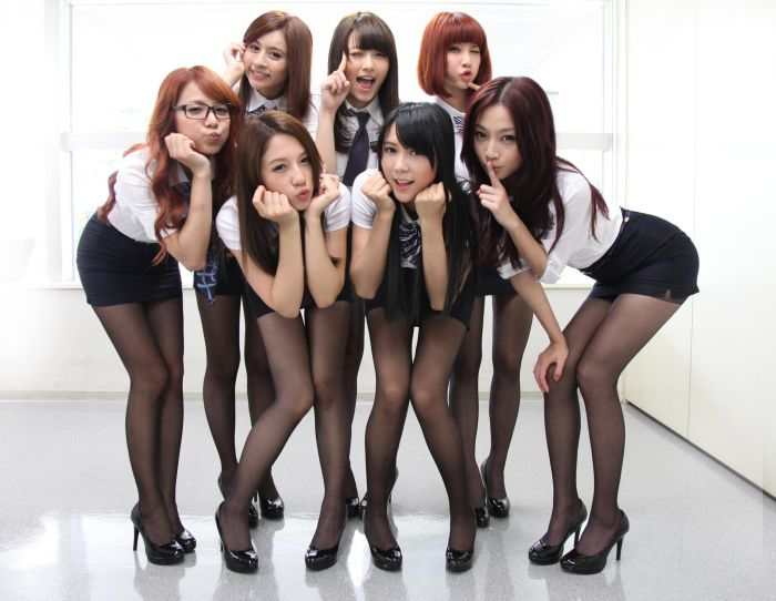 girls Sexy group asian