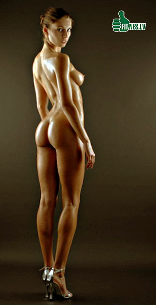 Nude fitness models ass