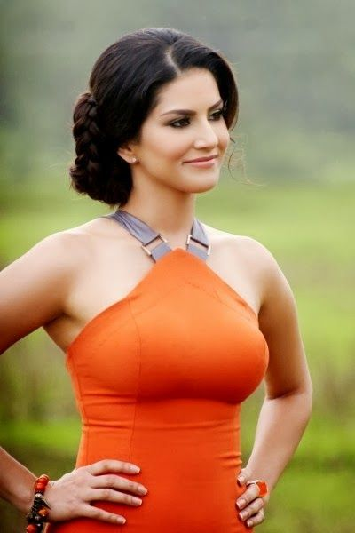 Beautiful sunny leone