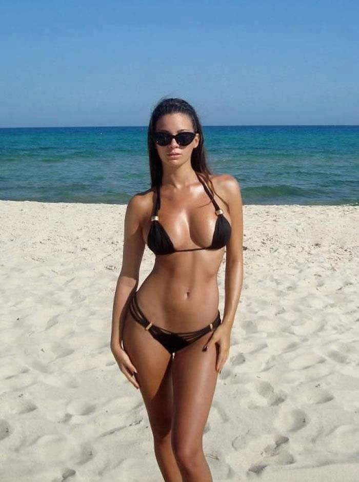 Hot girls in bikini topless beach