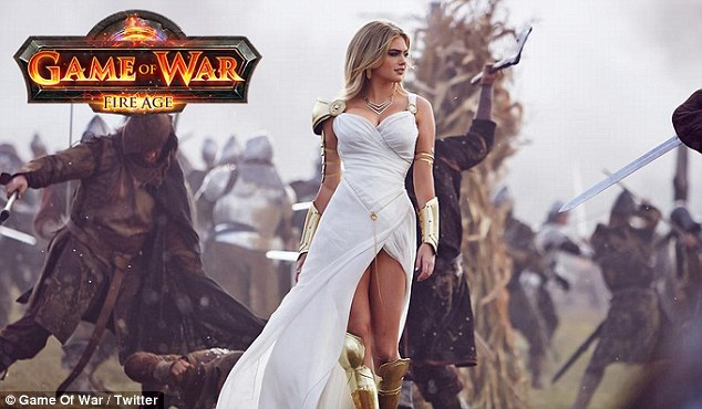 war game Naked from girl of