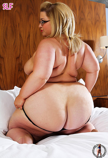 Bbw big ass and boobs
