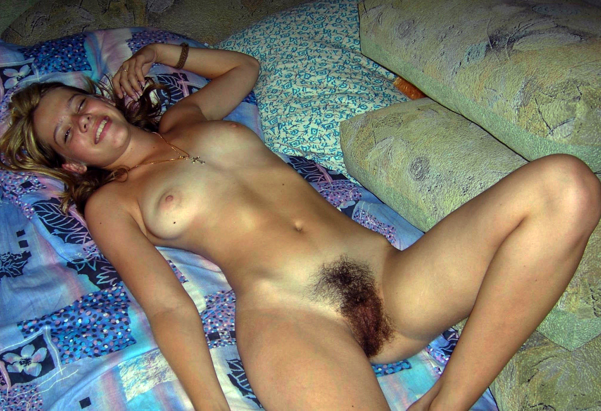 Hairy nude girls webcam