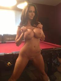 Nude fit amateur milf