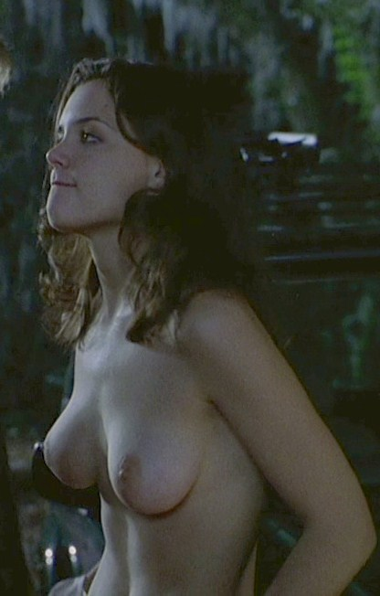 The gift katie holmes topless