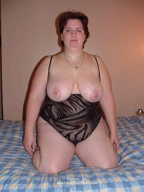 Nude amateur bbw housewife