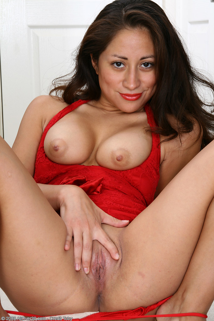 Hot hispanic naked women