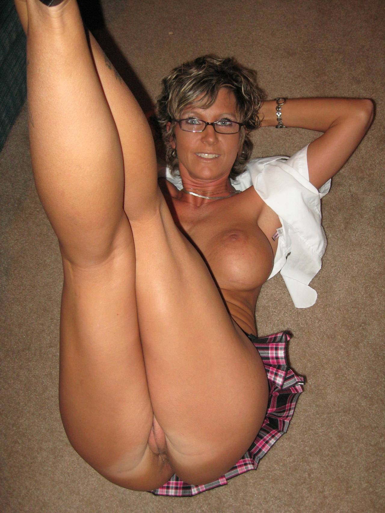 Sexy mature milfs with glasses