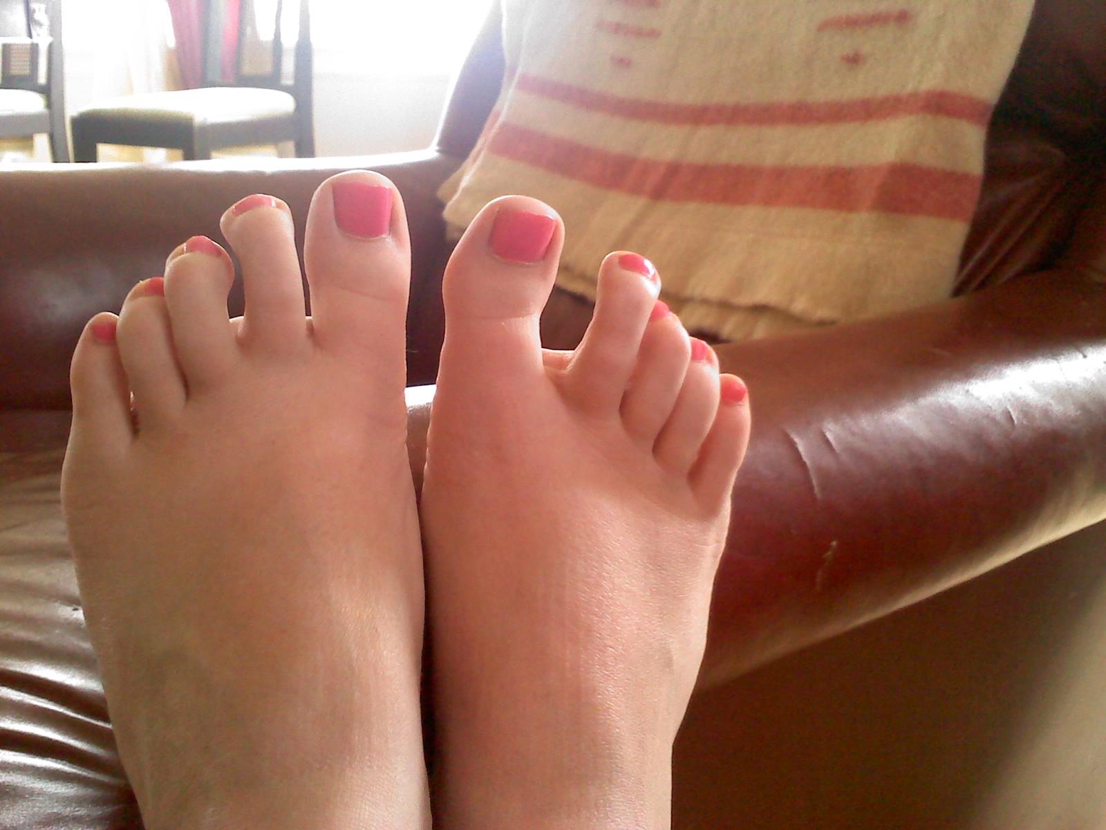Painted teen feet