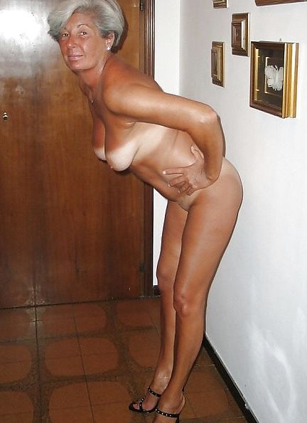 Nudes old women tube