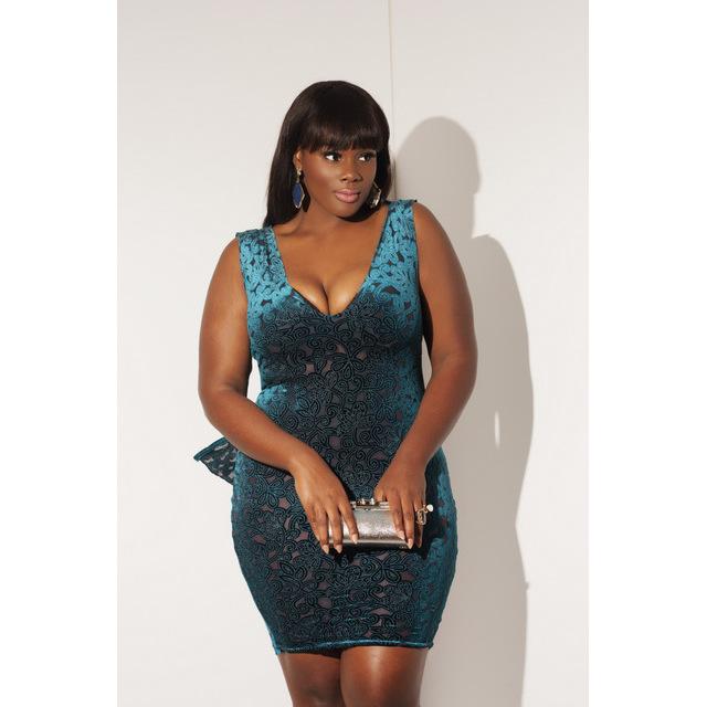 models women Black size plus