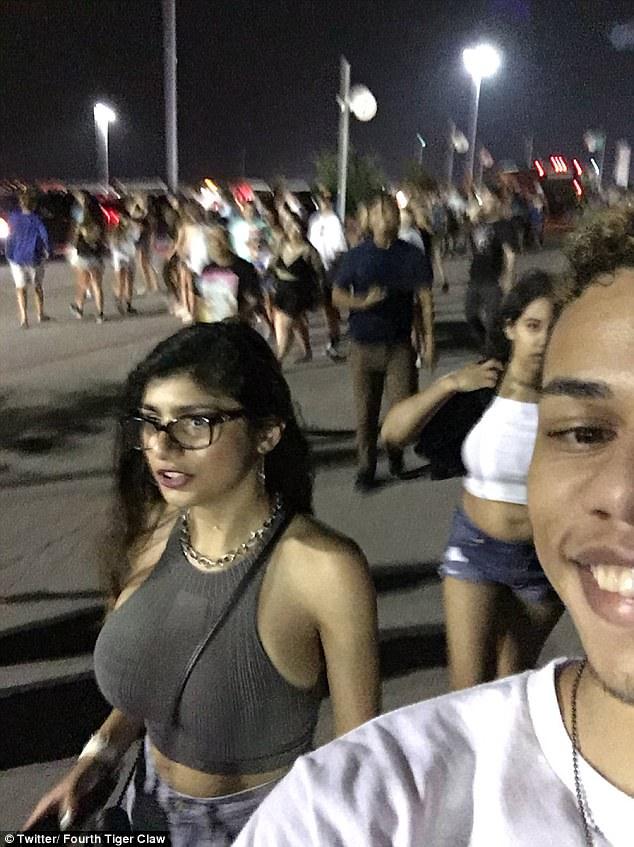 Mia khalifa amz hot pornstar selfie