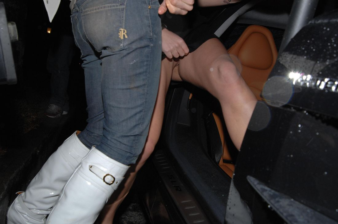 Britney spears upskirt no panties