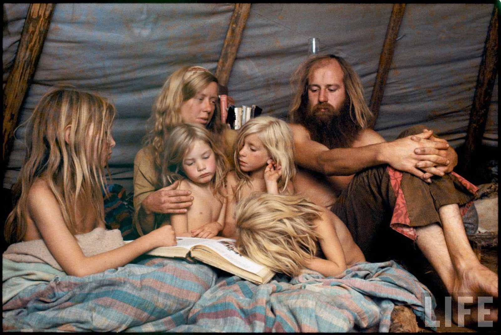 60s Hippy nudes vintage