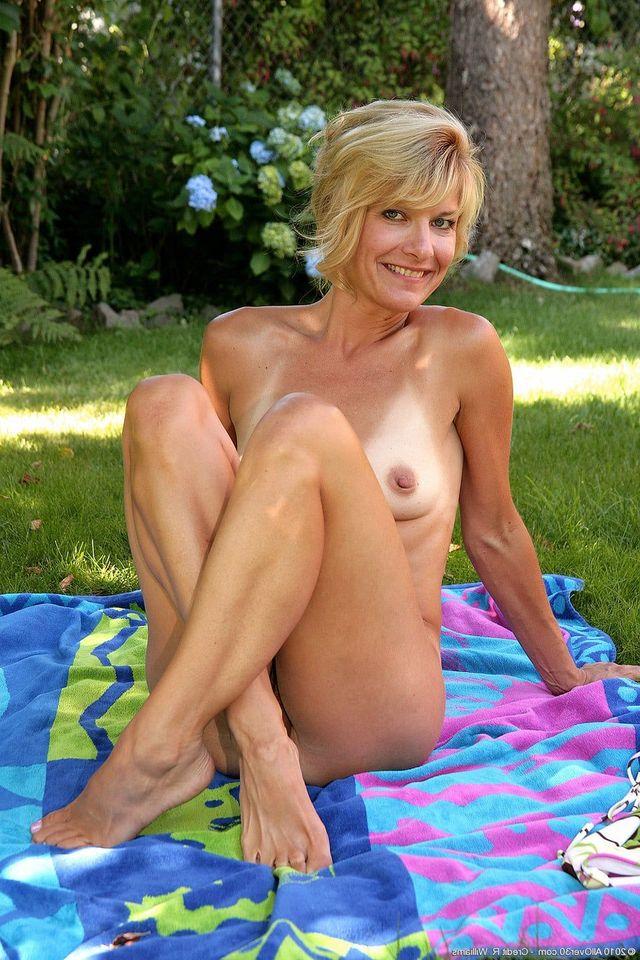 Naked mature women outdoors
