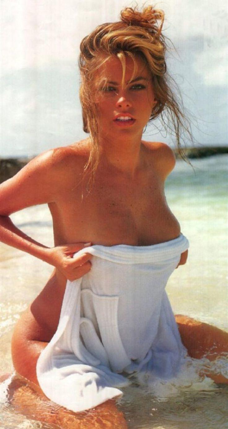Famous movie stars girls nude