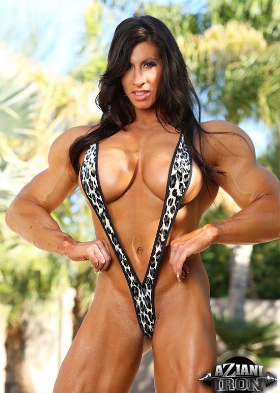 Porn female bodybuilder posing
