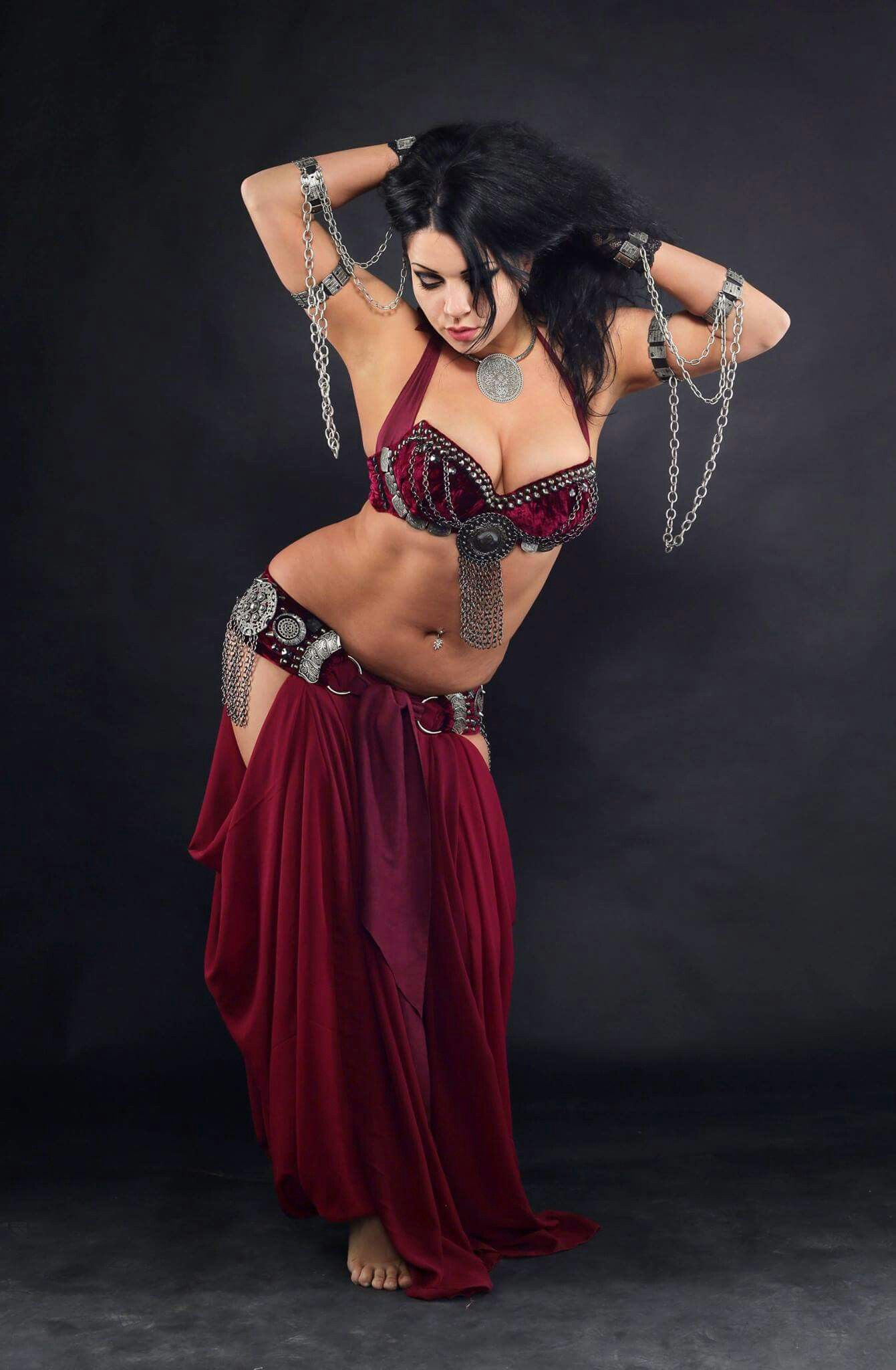 Monroe blonde belly dancer