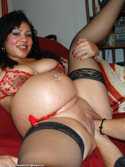 Pregnant fisting sex