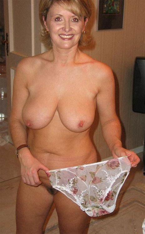 Mature panties porn
