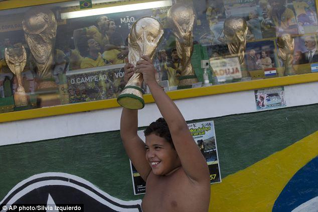 world nude Fifa cup