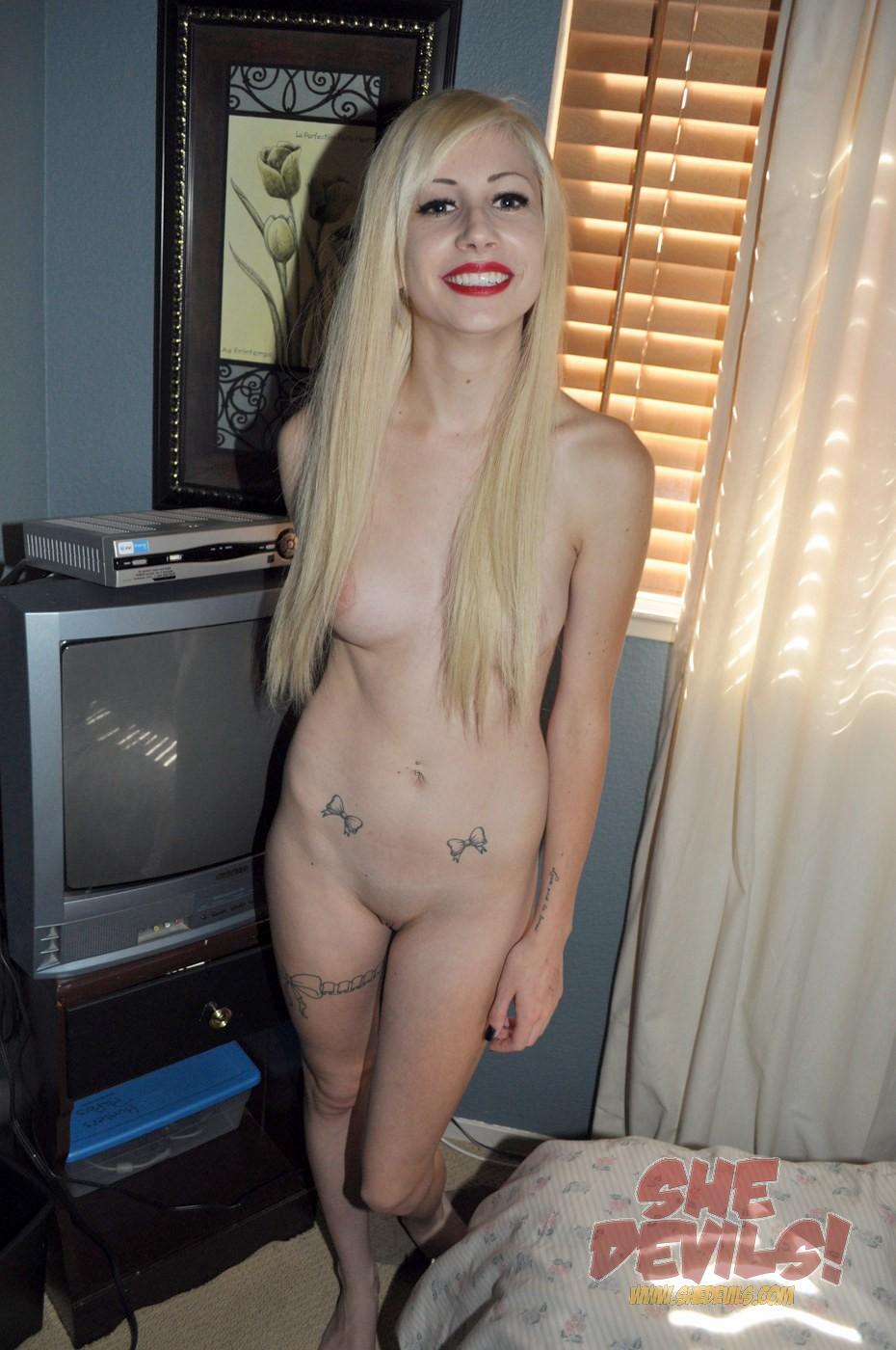 She devils emo girl nude