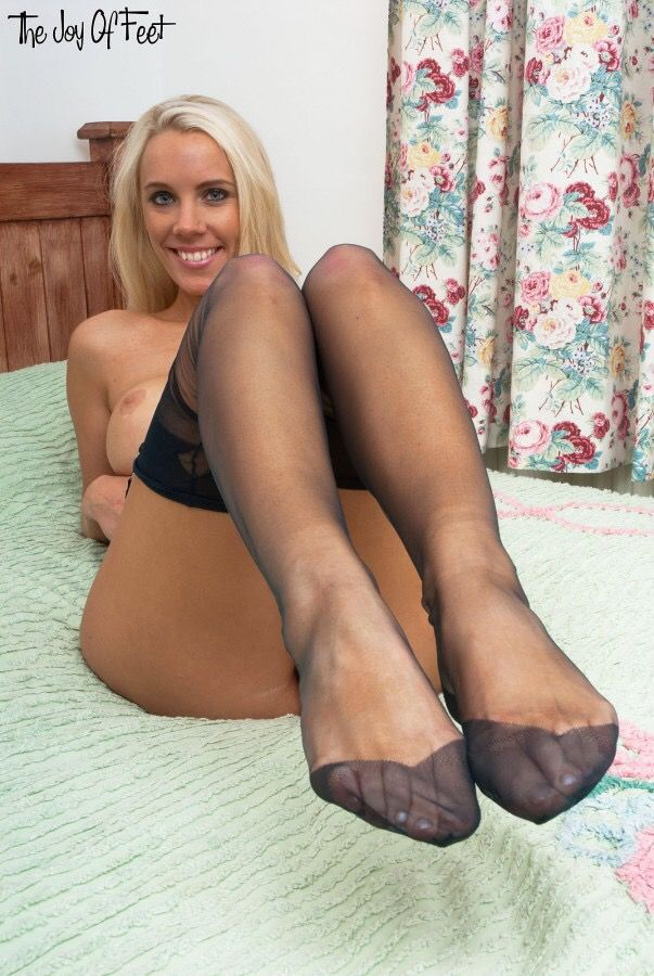 Sexy blonde foot tease