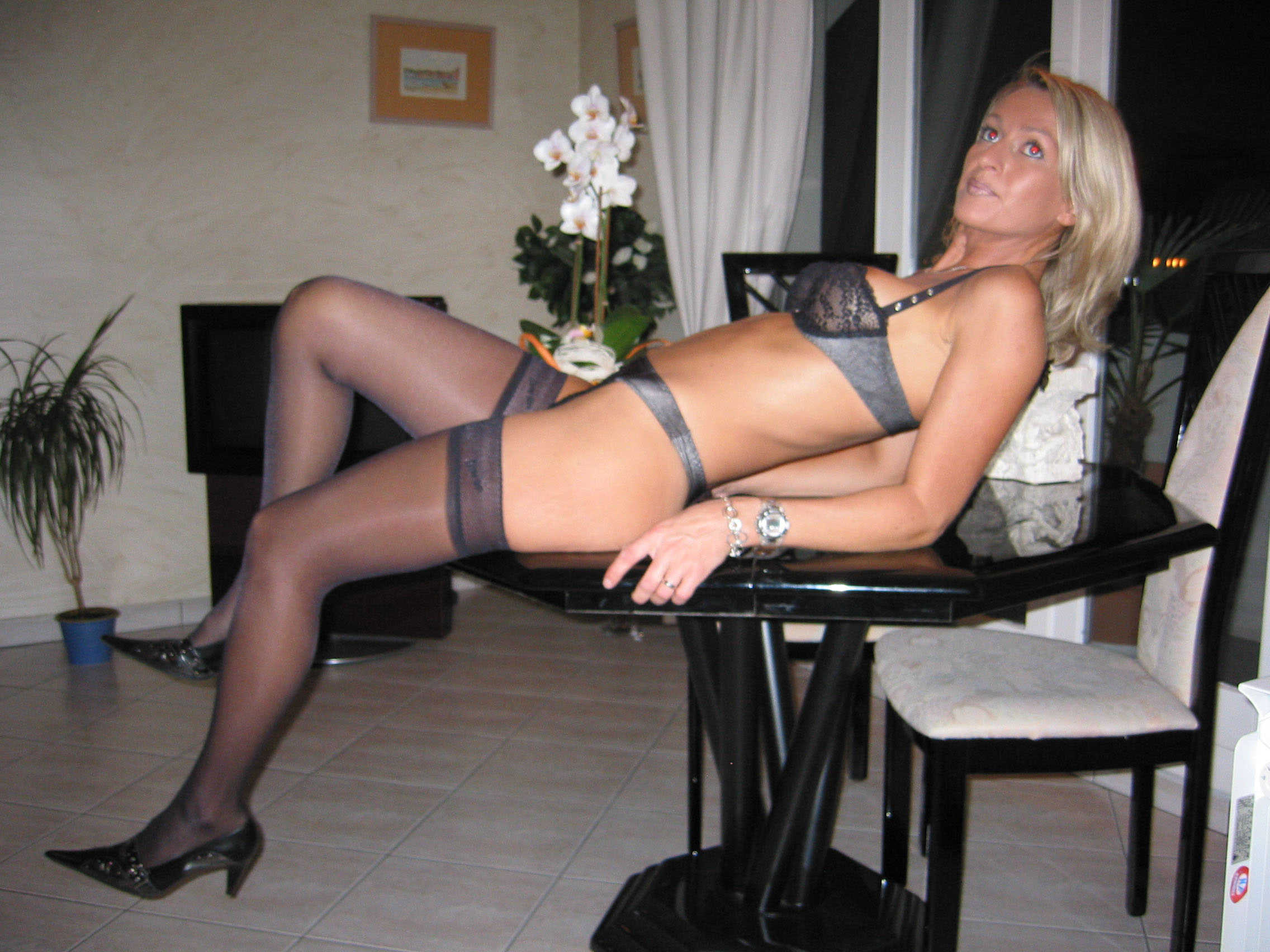 milf exhib french amateur Mature