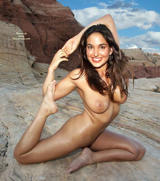 Amateur hard body girl naked
