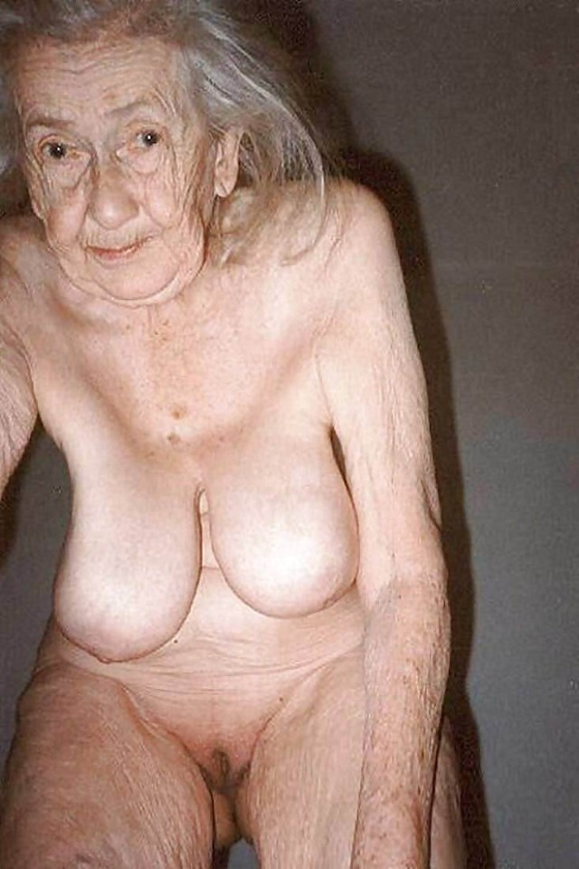 Naked old woman nude