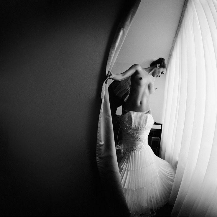 Bride nude wedding shots