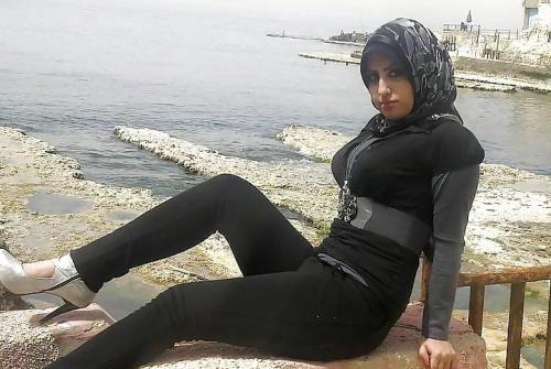 Hot sexy girls hijab