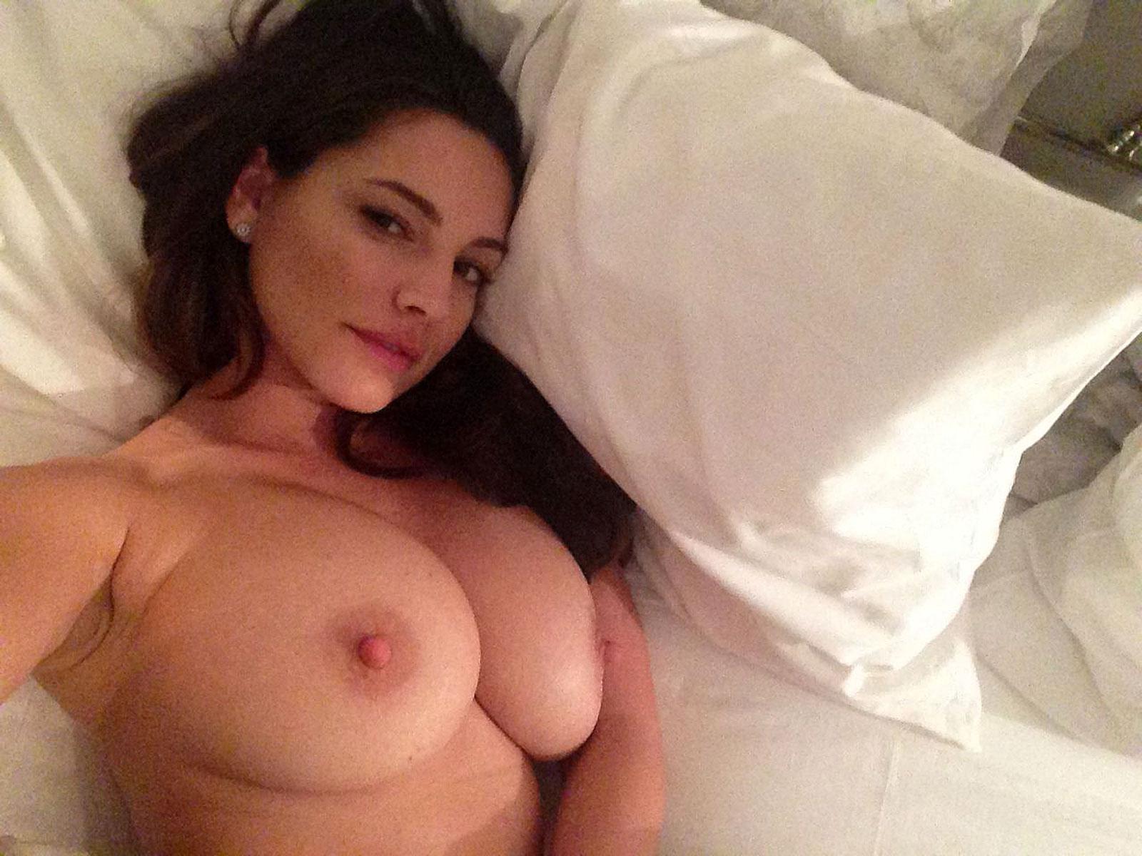 Kelly brook leaked nude