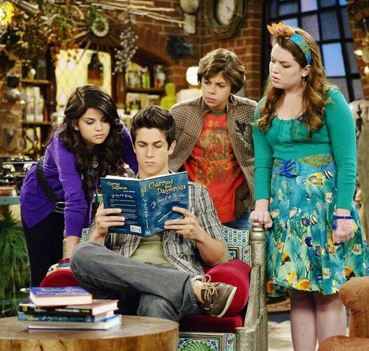 Wizards of waverly place sex lesbian girls