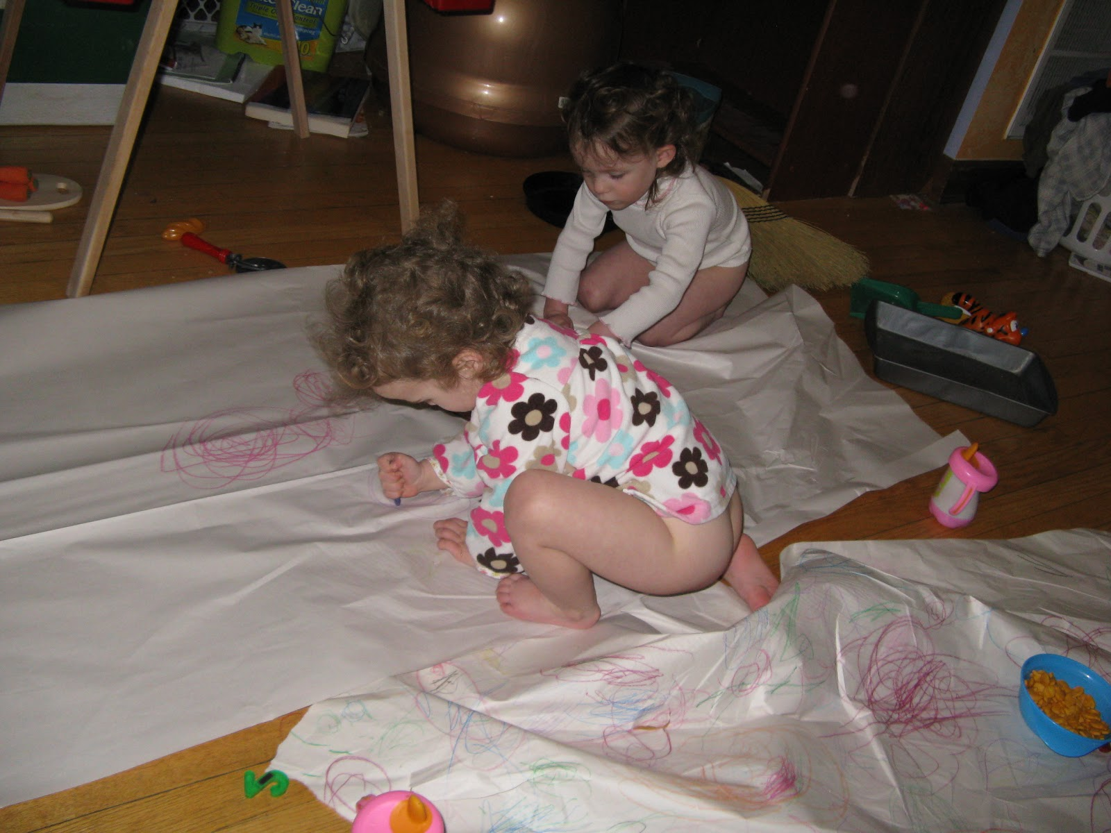 toddler playing Girl butt naked