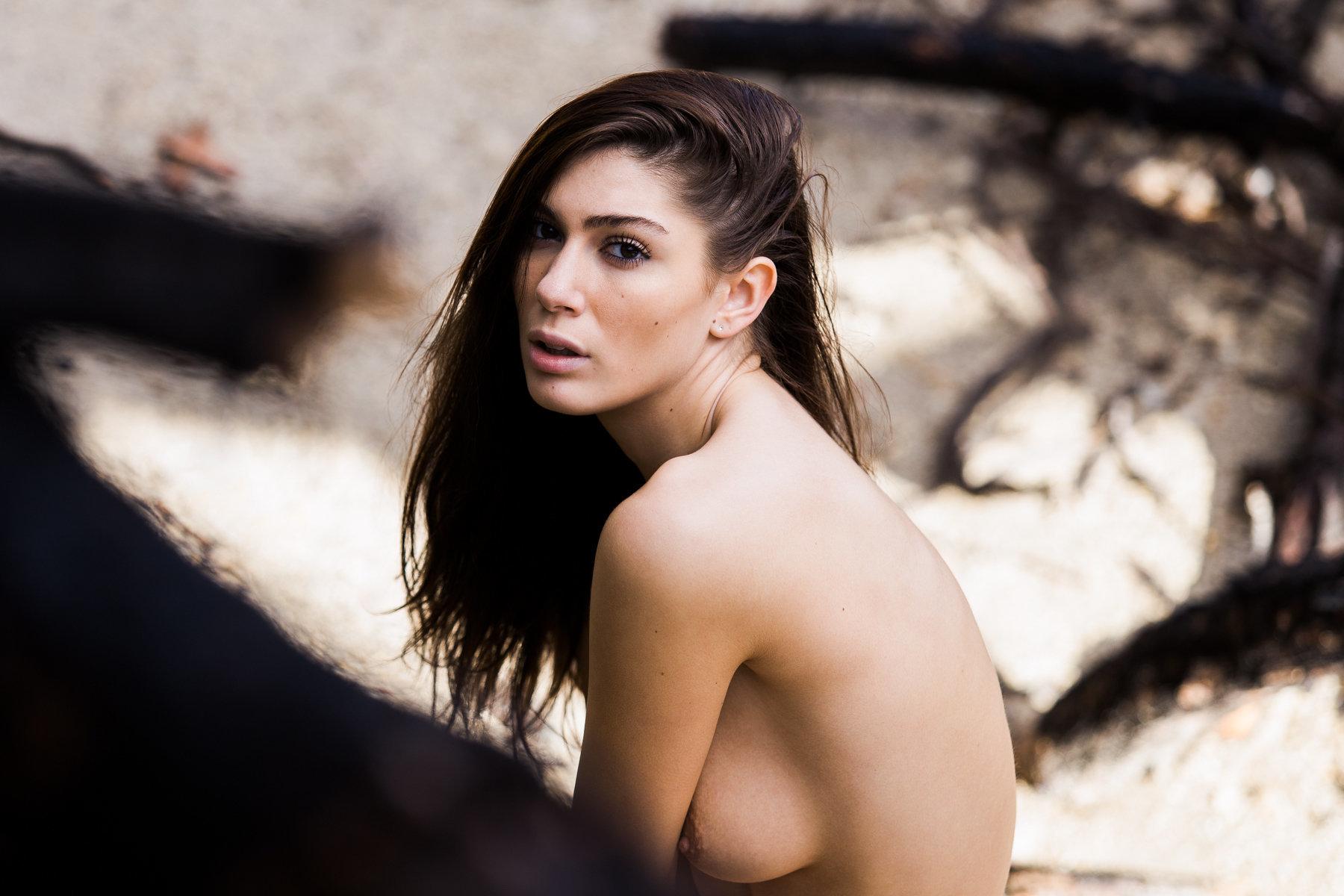Simple beautiful nude women