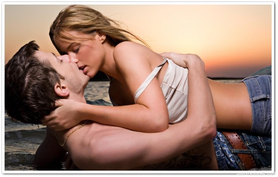 Couple romantic kissing porn