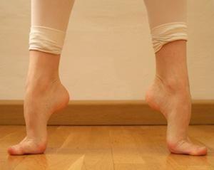 Dirty sole high arch feet