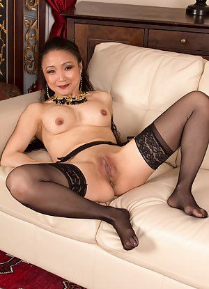 Mature korean women nude