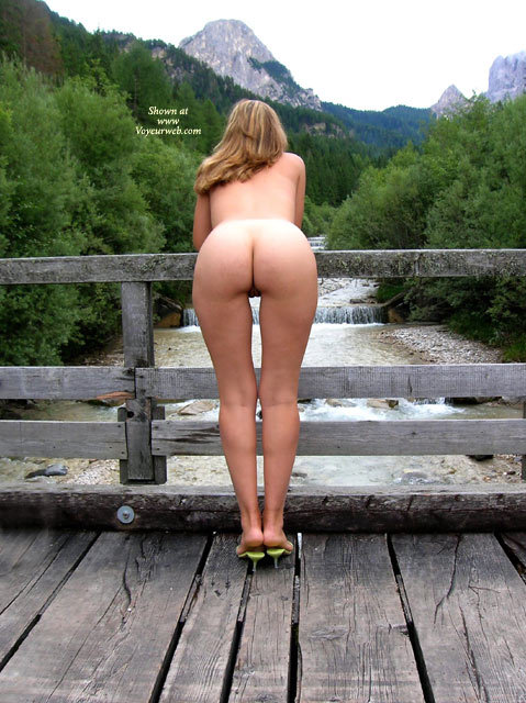 view girls Rear naked