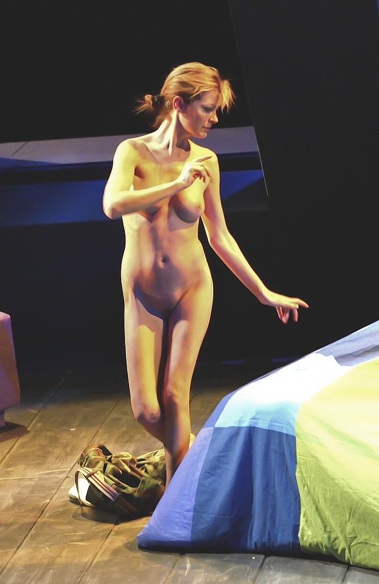 Nude on stage tracy shaw