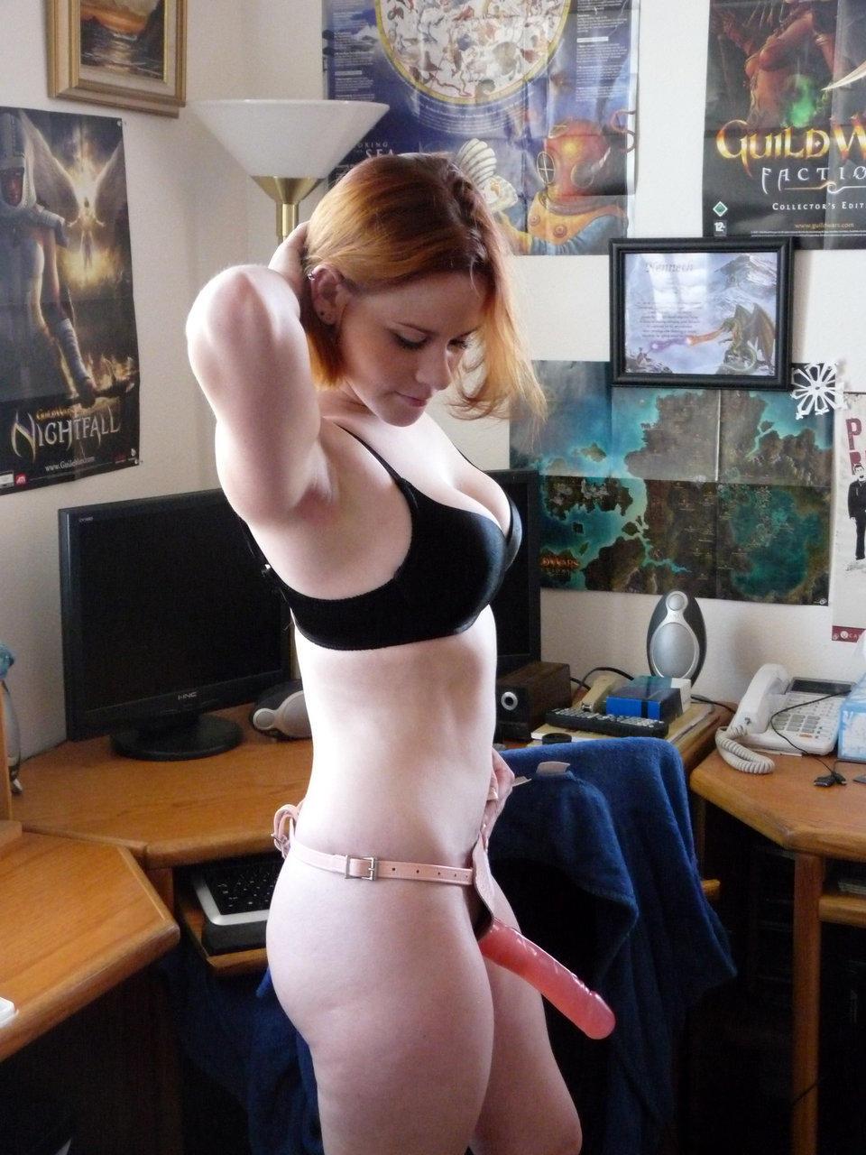 Girl on girl strapon porn