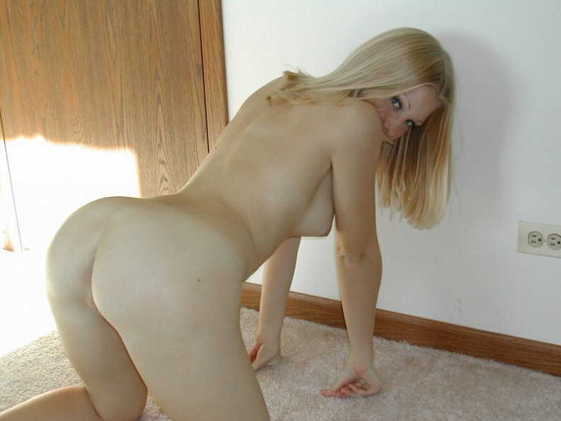 Robyn bewersdorf nude