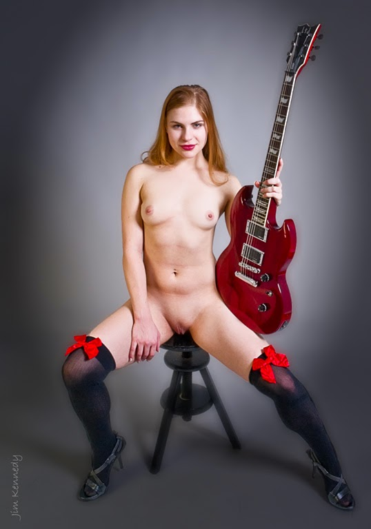 Nude girls with guitars