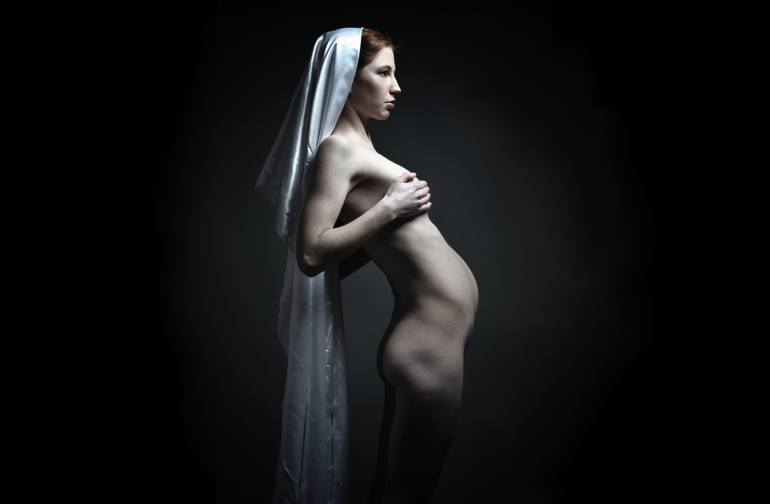Pregnant nude art
